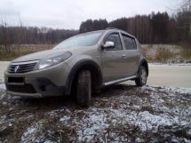 Renault Sandero Stepway, 2012