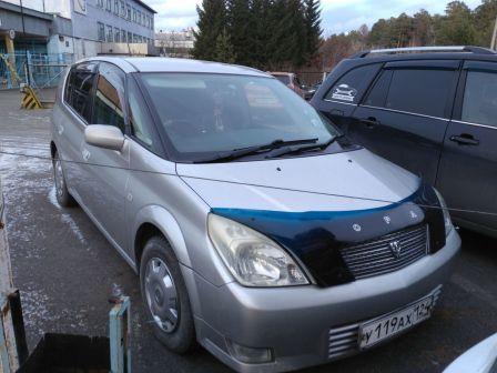 Toyota Opa 2003 - отзыв владельца