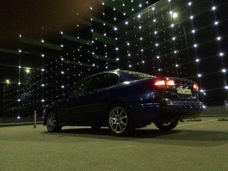 Subaru Legacy B4 2002 - отзыв владельца