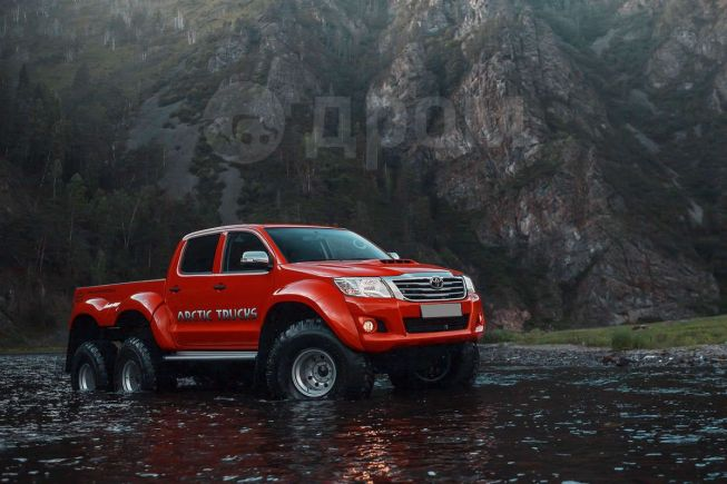 Toyota Hilux Pick Up, 2014 год, 10 000 000 руб.