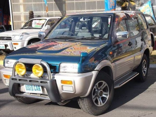 Nissan Mistral, 1996 год, 260 000 руб.