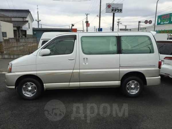 Toyota Regius, 2000 год, 220 000 руб.
