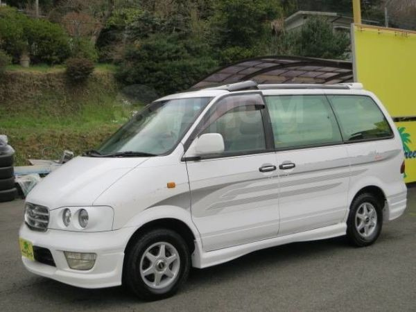 Nissan Largo, 1999 год, 170 000 руб.