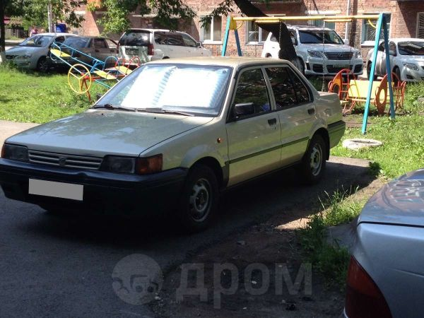 Nissan Sunny, 1990 год, 120 000 руб.