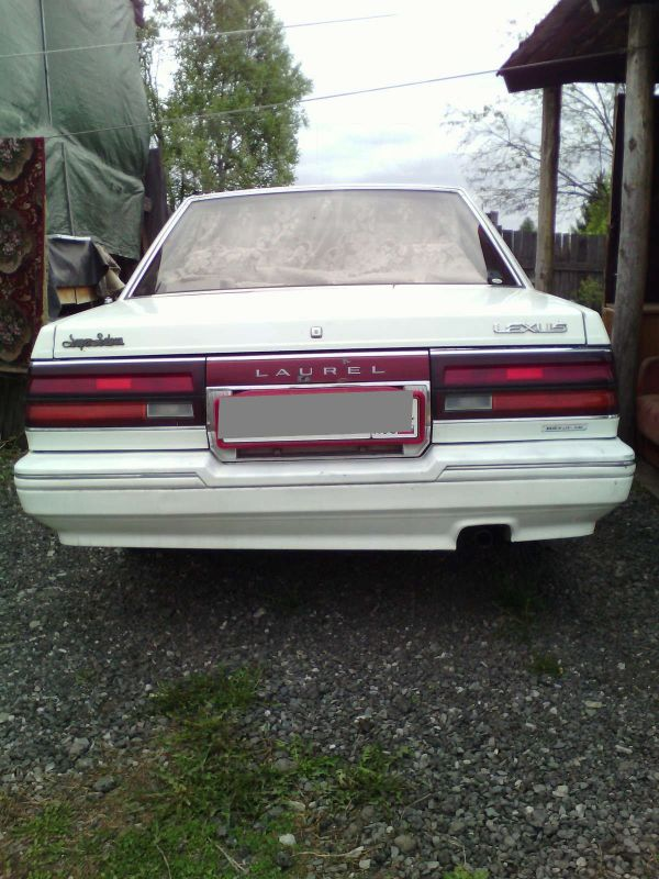Nissan Laurel, 1988 год, 70 000 руб.