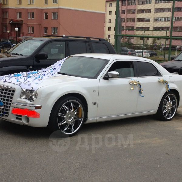 Chrysler 300C, 2005 год, 500 000 руб.