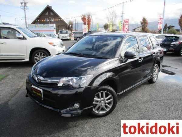 Toyota Corolla Fielder, 2014 год, 680 000 руб.