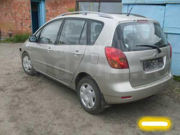 Toyota Corolla Verso, 2002 год, 80 000 руб.