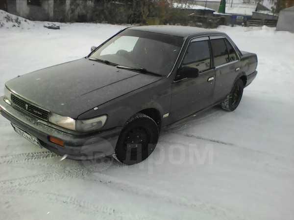 Nissan Bluebird, 1990 год, 90 000 руб.