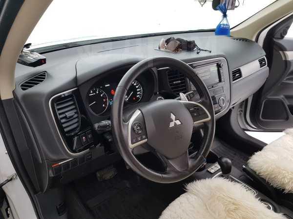 Mitsubishi Outlander, 2012 год, 1 250 000 руб.