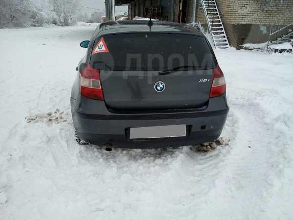 BMW 1-Series, 2004 год, 380 000 руб.