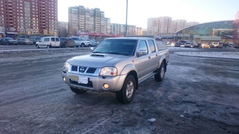 Nissan NP300, 2012 год, 649 990 руб.