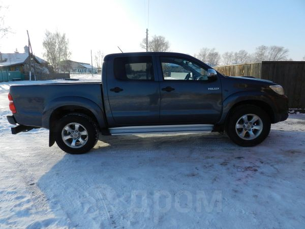Toyota Hilux Pick Up, 2012 год, 1 105 000 руб.