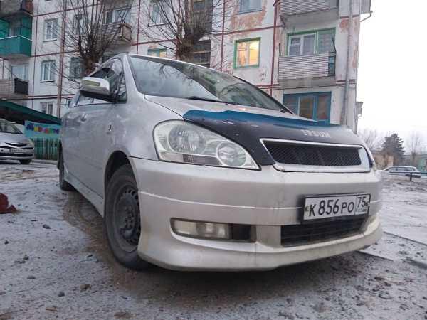 Toyota Ipsum, 2002 год, 380 000 руб.