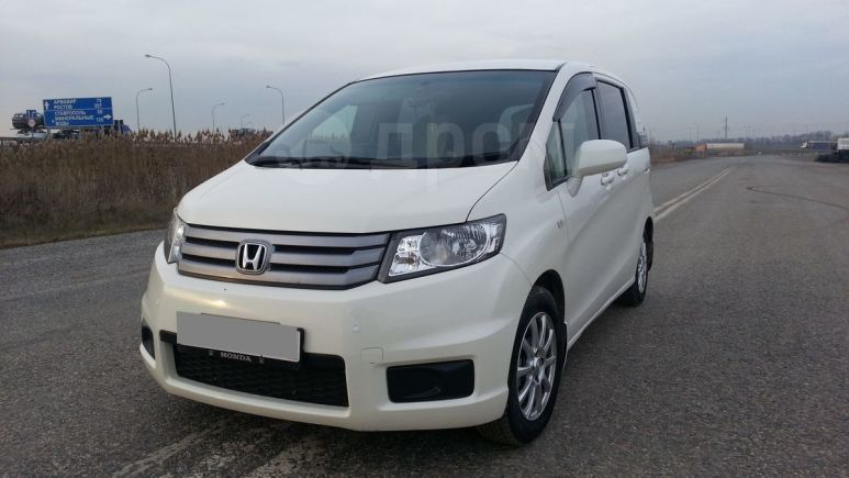 Honda Freed Spike, 2010 год, 660 000 руб.
