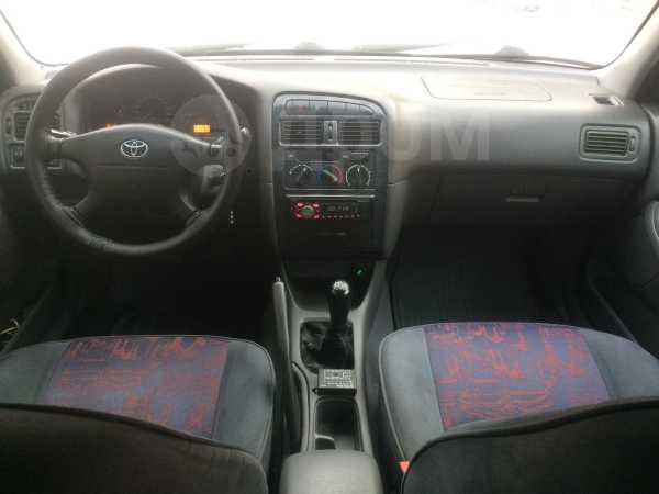 Toyota Avensis, 1999 год, 219 000 руб.