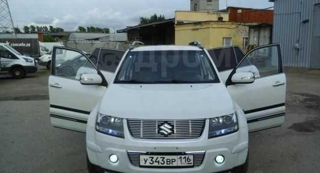 Suzuki Grand Vitara, 2009 год, 900 000 руб.