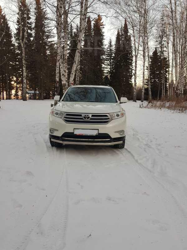 Toyota Highlander, 2012 год, 1 600 000 руб.