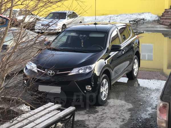 Toyota RAV4, 2015 год, 1 250 000 руб.