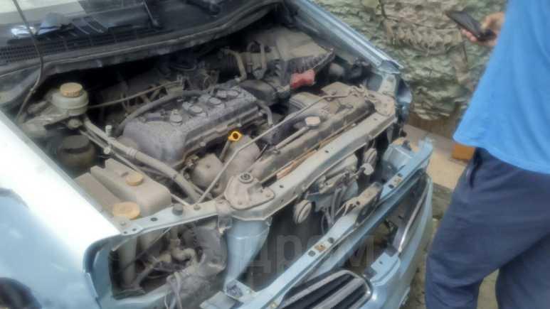 Nissan Tino, 2002 год, 65 000 руб.