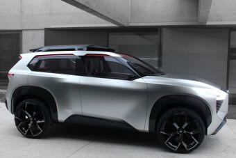 В дизайне салона Nissan Xmotion применены мотивы японской культуры.