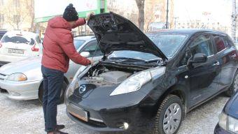 Пока большинство владельцев электрокаров заряжают машины в собственных гаражах.