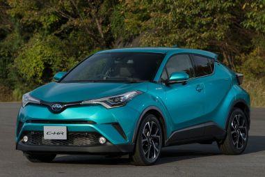 Toyota пообещала выпустить кроссовер C-HR и новую Camry на российский рынок в 2018 году