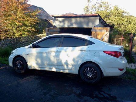 Hyundai Solaris 2012 - отзыв владельца