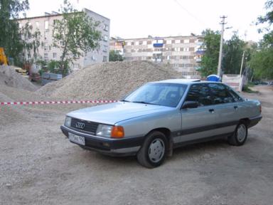 Audi 100 1990 отзыв автора | Дата публикации 08.01.2018.