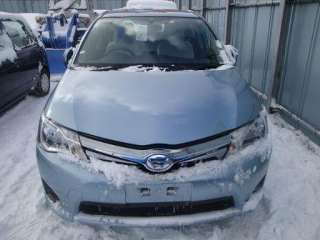 Toyota Corolla Fielder 2013 - отзыв владельца