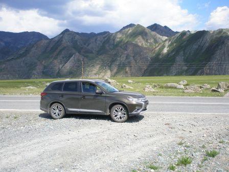 Mitsubishi Outlander 2015 - отзыв владельца