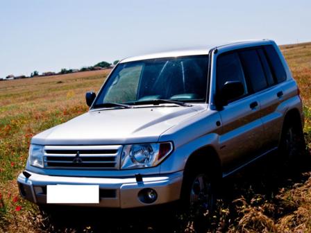 Mitsubishi Pajero Pinin 2002 - отзыв владельца