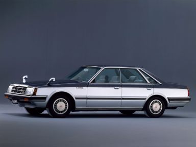 Nissan Laurel, 1983