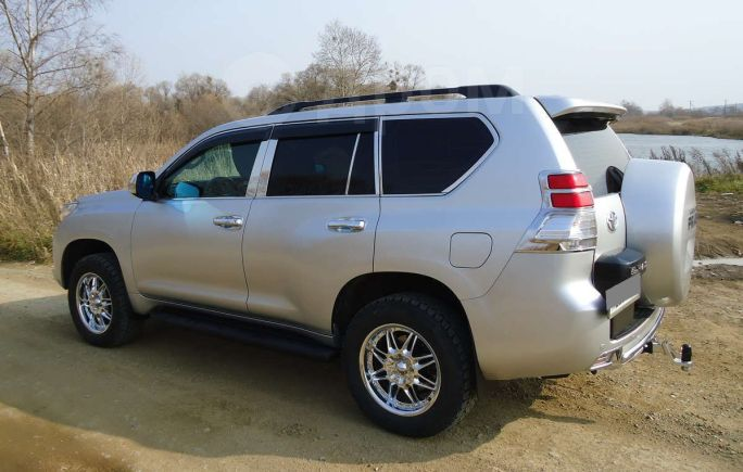 Toyota Land Cruiser Prado, 2010 год, 1 700 000 руб.