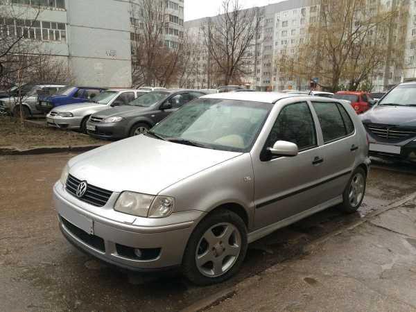 Volkswagen Polo, 2001 год, 150 000 руб.