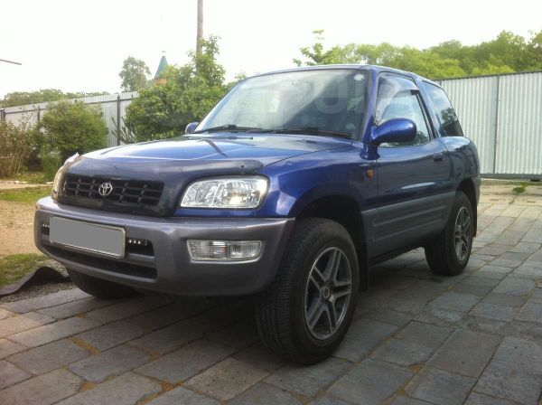 Toyota RAV4, 1998 год, 345 000 руб.