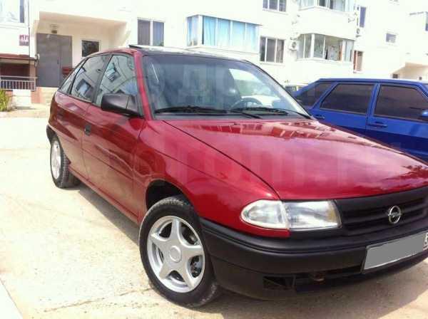 Opel Astra, 1993 год, 130 000 руб.