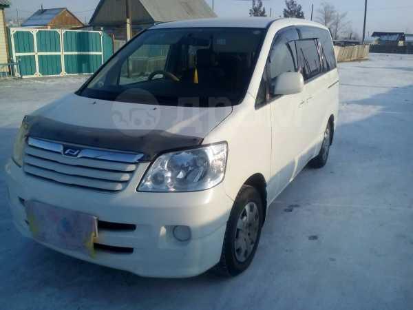 Toyota Noah, 2001 год, 415 000 руб.