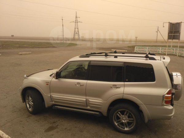 Mitsubishi Pajero, 2001 год, 700 000 руб.