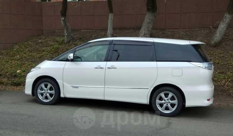 Toyota Estima, 2011 год, 1 350 000 руб.