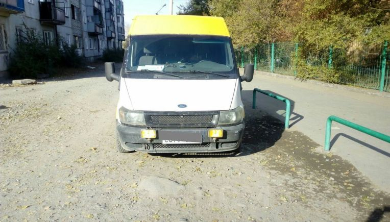 Ford Tourneo Connect, 2002 год, 450 000 руб.