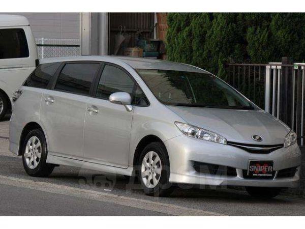 Toyota Wish, 2014 год, 910 000 руб.