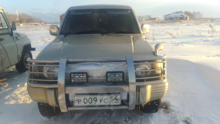 Mitsubishi Pajero, 1992 год, 399 000 руб.