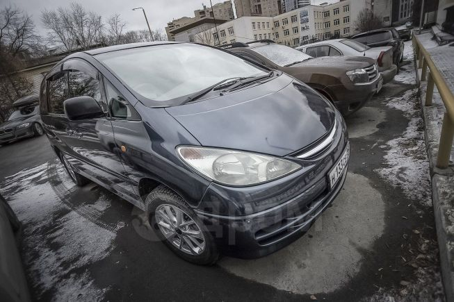 Toyota Estima, 2001 год, 390 000 руб.