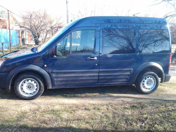 Ford Tourneo Connect, 2006 год, 335 000 руб.