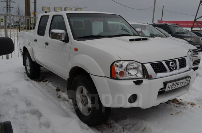 Nissan NP300, 2012 год, 800 000 руб.