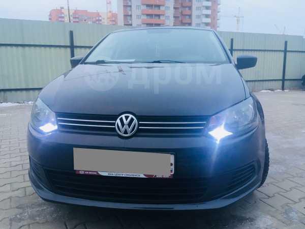 Volkswagen Polo, 2011 год, 369 000 руб.