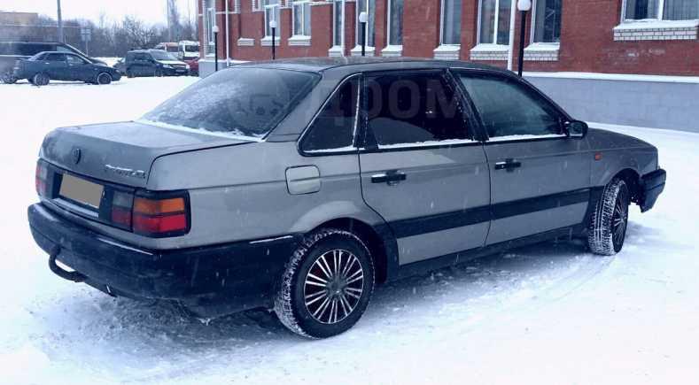 Volkswagen Passat, 1990 год, 95 000 руб.