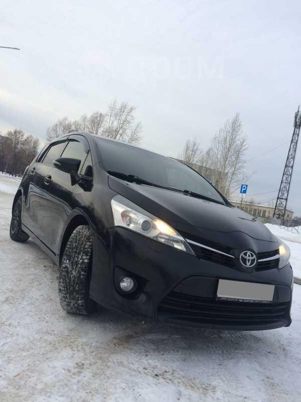Toyota Verso, 2013 год, 950 000 руб.