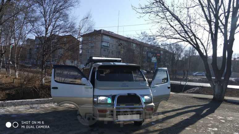 Toyota Hiace, 1994 год, 380 000 руб.